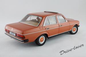Прикрепленное изображение: Mercedes-Benz 230 E W123 Revell 08407 9091 (170233)_06.jpg