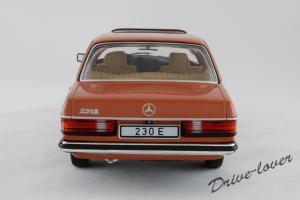 Прикрепленное изображение: Mercedes-Benz 230 E W123 Revell 08407 9091 (170233)_05.jpg