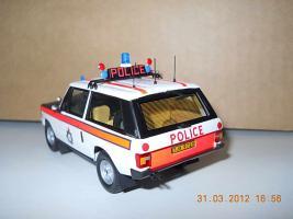 Прикрепленное изображение: Colobox_RangeRover_Manchester_Police_Ixo~04.jpg