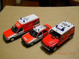 Прикрепленное изображение: Colobox_Mercedes-Benz_230GE_W460_Berufsfeuerwehr_Aachen_Minichamps~10.jpg