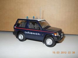 Прикрепленное изображение: Colobox_Mitsubishi_Pajero_Carabinieri~01.jpg