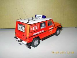 Прикрепленное изображение: Colobox_Mercedes-Benz_230GE_W460_Berufsfeuerwehr_Aachen_Minichamps~02.jpg