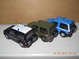 Прикрепленное изображение: Colobox_Mitsubishi_Pajero_Carabinieri~05.jpg