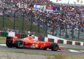 Прикрепленное изображение: 2000-Suzuka-F1 2000-Schumacher.jpg