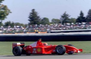 Прикрепленное изображение: 2001-Indianapolis-F2001-Schumacher 1.jpg