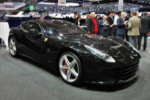 Прикрепленное изображение: 2012-Ferrari-F12-berlinetta-23.jpg