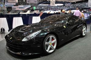 Прикрепленное изображение: 2012-Ferrari-F12-berlinetta-20.jpg