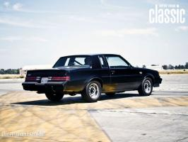 Прикрепленное изображение: 1987-buick-regal-grand-national-rear-three-quarters.jpg