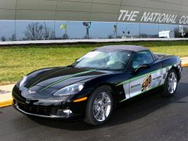 Прикрепленное изображение: autowp.ru_corvette_c6_30th_anniversary_indy_500_pace_car_1.jpg