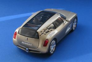 Прикрепленное изображение: Renault Altica-02.JPG