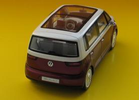 Прикрепленное изображение: VW Bulli-03.JPG