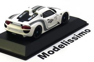 Прикрепленное изображение: Porsche 918 Spyder Prototype Spark ..jpg