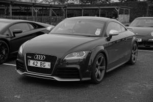 Прикрепленное изображение: Audi TTRS_14-1.jpg