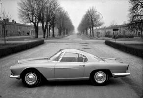 Прикрепленное изображение: bertone 1959 maserati3500.jpg