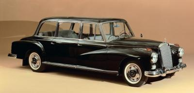 Прикрепленное изображение: Mercedes-Benz Typ 300 d Pullman-Limousine Sonderausführung für Staatsempfänge aus dem Jahre 1960.jpg