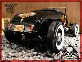 Прикрепленное изображение: FORD Hot Rod Harley-Davidson 05.jpg