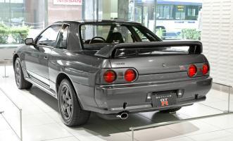 Прикрепленное изображение: Nissan_Skyline_R32_GT-R_002.jpg