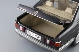 Прикрепленное изображение: Mercedes-Benz 500 SEC C126 Autoart 76211_10.JPG