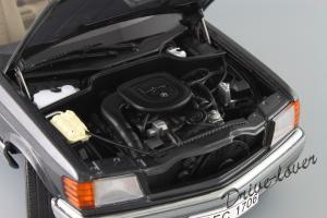 Прикрепленное изображение: Mercedes-Benz 500 SEC C126 Autoart 76211_13.JPG