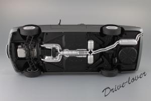Прикрепленное изображение: Mercedes-Benz 500 SEC C126 Autoart 76211_14.JPG
