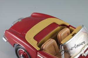 Прикрепленное изображение: BMW 507 Revell for BMW 80439423085_08.JPG