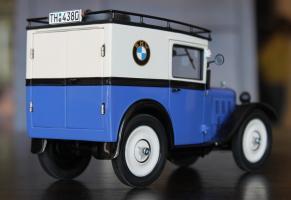 Прикрепленное изображение: BMW DA2 - Lieferwagen - szadi sboku.jpg