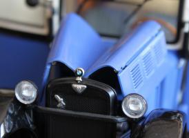 Прикрепленное изображение: BMW DA2 - Lieferwagen - otkriti kapoti.jpg