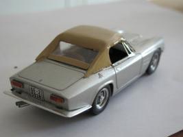 Прикрепленное изображение: Maserati Mistral mit Hardtop 1964 2 BBR.jpg