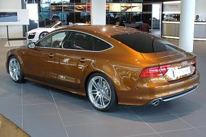 Прикрепленное изображение: Audi_A7_Sportback_S_line_3.0_TDI_quattro_S_tronic_Ipanemabraun_Heck (копия).jpg