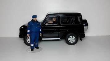 Прикрепленное изображение: Mercedes_G500_swb_04.jpg