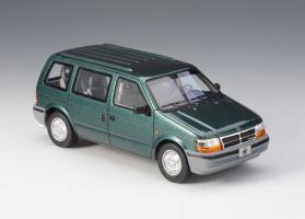 Прикрепленное изображение: Chrysler Voyager 1992.jpg