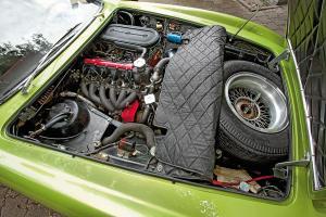 Прикрепленное изображение: Ghia-230-S-Prototipo-Motorraum-fotoshowBigImage-915a0606-398860.jpg
