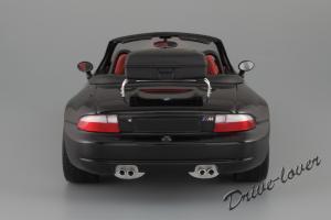 Прикрепленное изображение: BMW Z3 M Roadster UT Models 20417_06.jpg