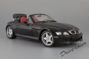 Прикрепленное изображение: BMW Z3 M Roadster UT Models 20417_02.jpg