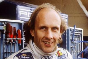Прикрепленное изображение: Hans-Joachim-Stuck-kann-sich-kaum-vorstellen-dass-Kubica-am-Sonntag-faehrt-495x330-ab6004f25b1e6feb.jpg