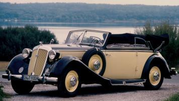 Прикрепленное изображение: 1938_horch_930_v_cabriolet.jpg