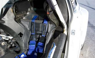 Прикрепленное изображение: bmw-m3-gt-race-car-interior-photo-354128-s-1280x782.jpg