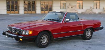 Прикрепленное изображение: Mercedes_benz_1983_380sl_us.jpg