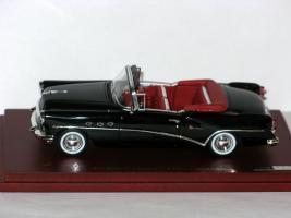 Прикрепленное изображение: Buick Century Cabrio 1954 True Scale Miniatures 134307 002.JPG