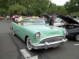 Прикрепленное изображение: 1954_Buick_Century.jpg
