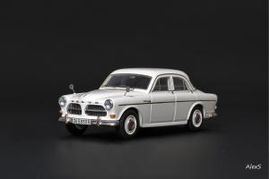 Прикрепленное изображение: Volvo Amazon 1959 В.Пивторак 1.jpg