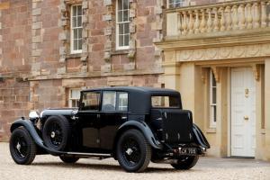 Прикрепленное изображение: 1930-Bentley-8-Litre-rear.jpg