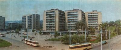 Прикрепленное изображение: Жданов На Проспекте Адмирала Лунина.jpg