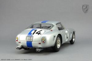 Прикрепленное изображение: 250_GT_Le_Mans_14-(7).jpg