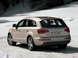 Прикрепленное изображение: 2011-Audi-Q7_002-640x480.jpg
