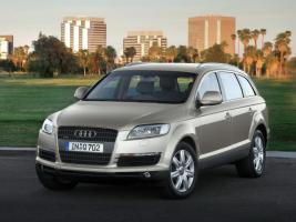 Прикрепленное изображение: Audi_Q7_SUV 5 door_2005.jpg