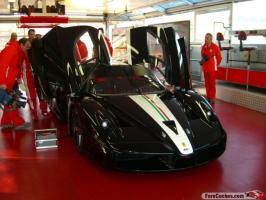 Прикрепленное изображение: Black_Ferrari_FXX_11.jpg