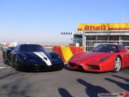 Прикрепленное изображение: Black_Ferrari_FXX_02.jpg