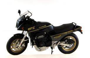 Прикрепленное изображение: Kawasaki GPZ900R (1).JPG