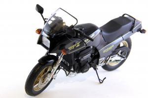 Прикрепленное изображение: Kawasaki GPZ900R (7).JPG